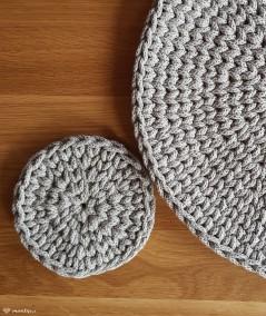Vivi podkładka na stół 30 cm tablet ze sznurka oraz mała Vivi 14 cm