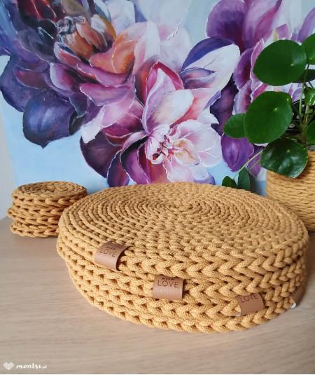 Titi podkładka na stół ze sznurka ręcznie robiona - kolor musztarda